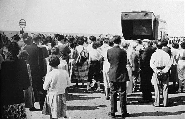 1957 – SSPV lease mobile day cinema to show anti-vivisection films